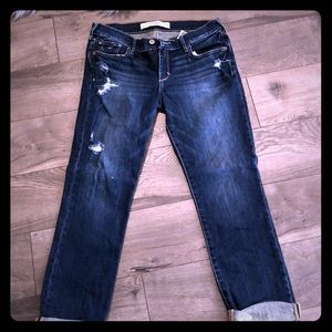 Abercrombie & Fitch Jeans distressed size 6